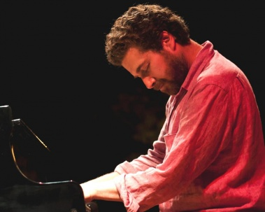 PIANO DAYS:  Kevin Hays Trio (USA)