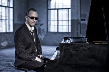 Jakub Zomer & Ray Charles Tribute Band